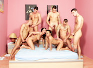 Bisexual Porn : Forbidden Bisexual group-sex!