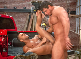 Members Exclusive, Scène 2