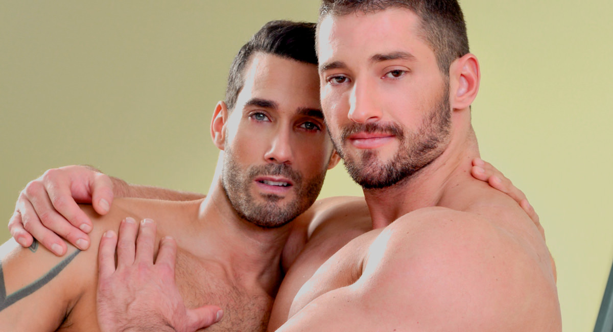 Gay Mature Men : Initiating Christian � Round 2 - Christian Power -amp; Alexy Tyler!