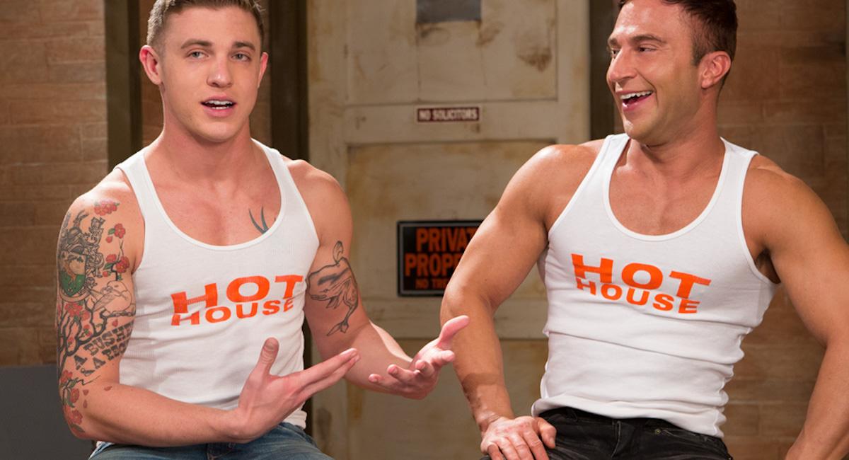Gay Orgy GroupSex : James Ryder And J.R. Bronson - James Ryder -amp; JR Bronson!