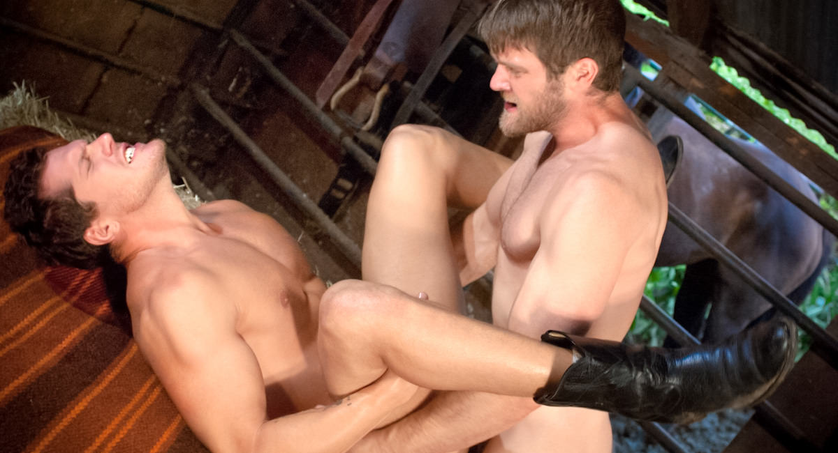 Gay Amateur Sex : MEMBERS BONUS - Cowboys event 1 - Colby Keller -amp; Parker London!