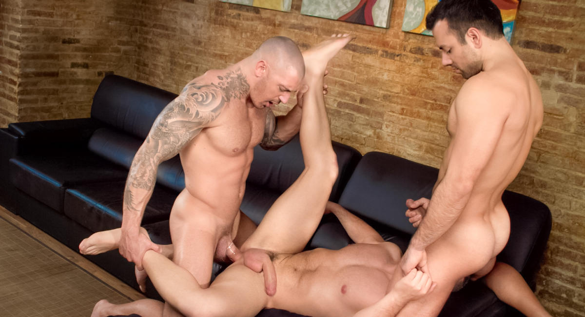 Gay Videos XXX : Sexo In Barcelona - part 1 - Marc Dylan -amp; Francesco DMacho -amp; Frederic Duris!