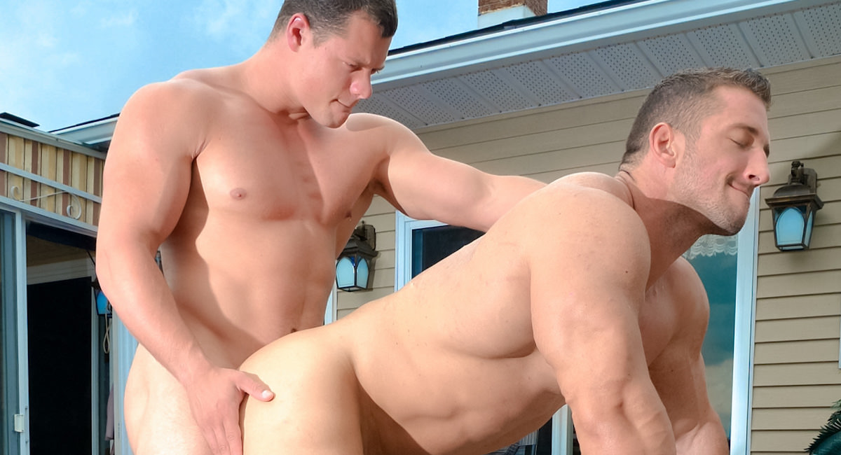 Gay Mature Men : Muscle To Muscle - Christian Power -amp; Ivan Lenko!