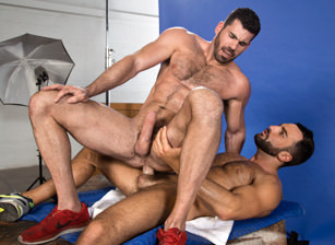 Ass To Grind : Billy Santoro, Abraham Al Malek