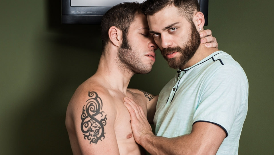 Wolf Hudson & Tommy Defendi – Worshipping Every Inch Of A Hot Cock