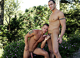 Aryx Quinn & Spencer Reed