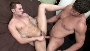 Leo Giamani Fucks Tristan Phoenix