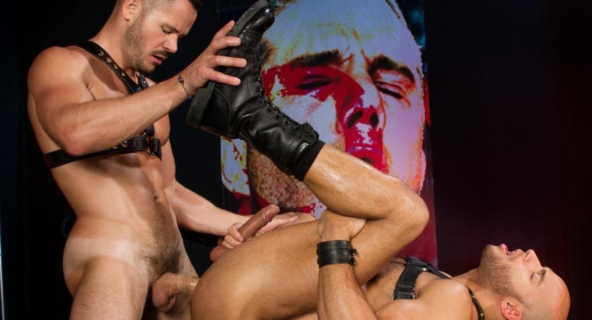 Raging Stallion: Pound That Butt - Valentin Petrov & Sean Zevran - The URGE