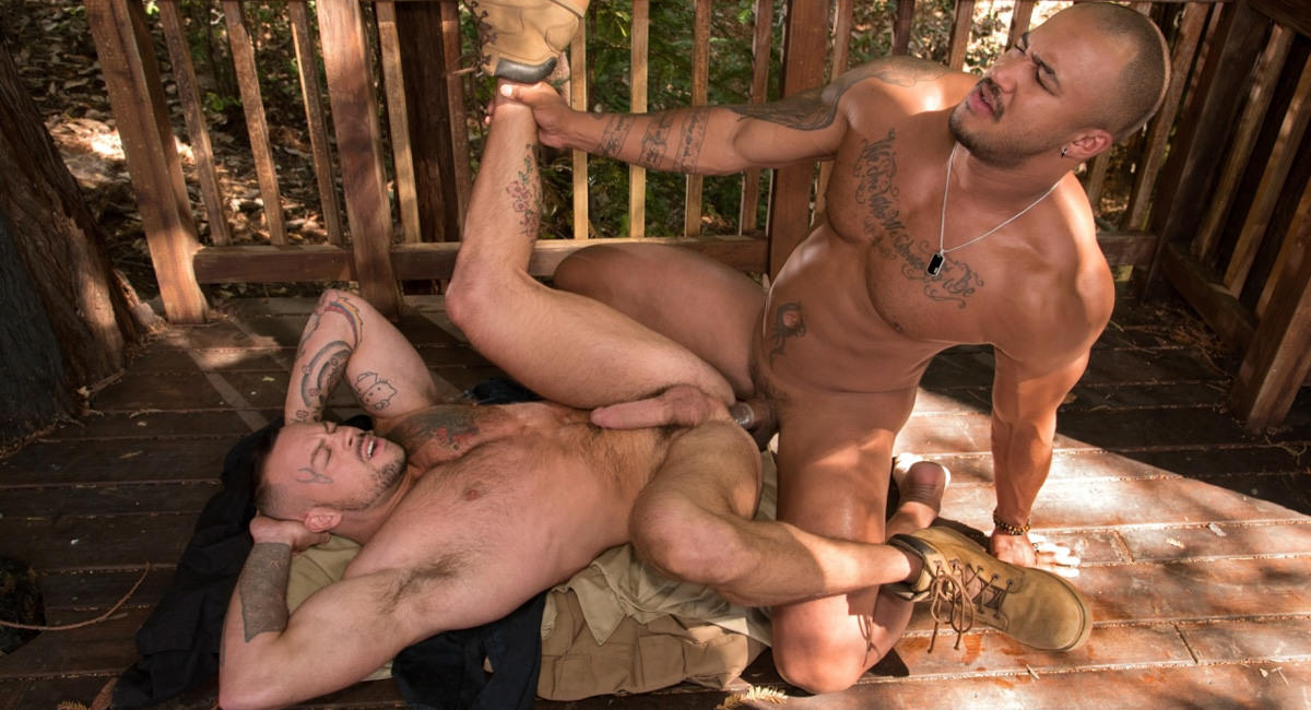 Raging Stallion: Sean Duran & Jason Vario - Trapped
