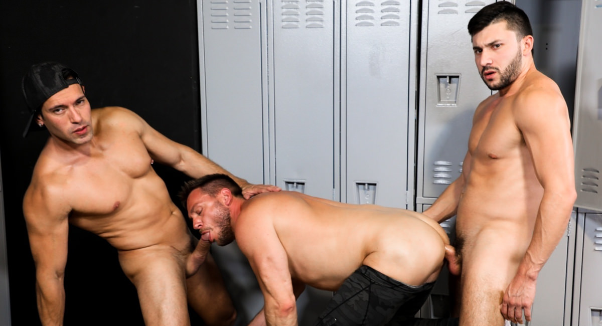 International Big Dick – Alexander Garrett & Hans Berlin & Scott DeMarco