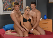 On The Set - Trystan Bull, Marko Lebeau & Shanah Lane