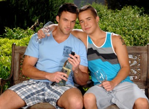 On The Set - Trystan Bull & Nick Reeves