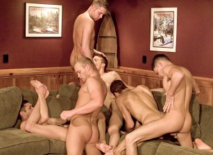 Dustin, Krys Perez, Blake Hunter, Karter James, Richie Sabatini, Giovanni Summers